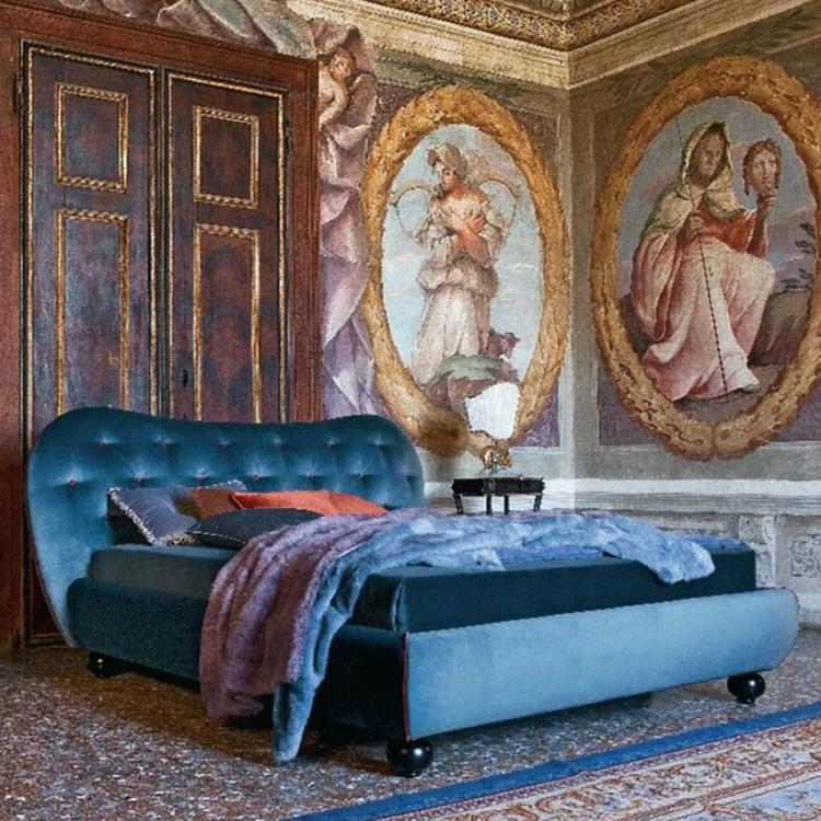 家具高端定制 意大利双人床 美式卧室床 新古典款布艺床
