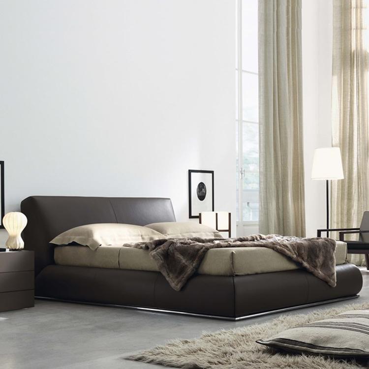 意大利家具双人床 软床垫 古典风  布艺皮革外套 电镀金属脚显奢华