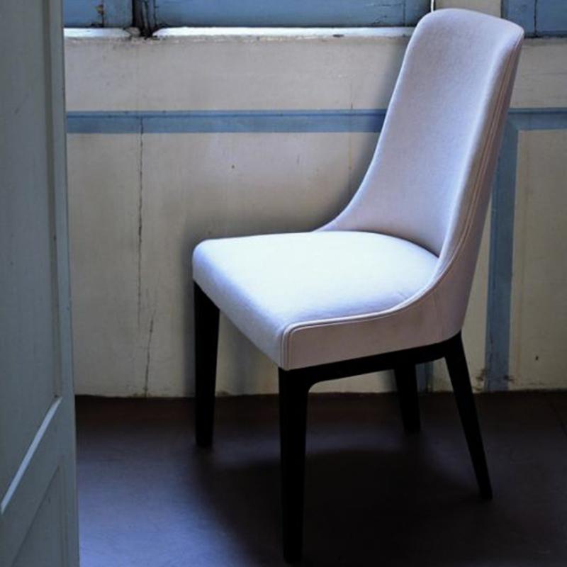 意大利后现代简约布艺皮革餐椅古典轻奢单人休闲椅客厅餐厅酒店会所