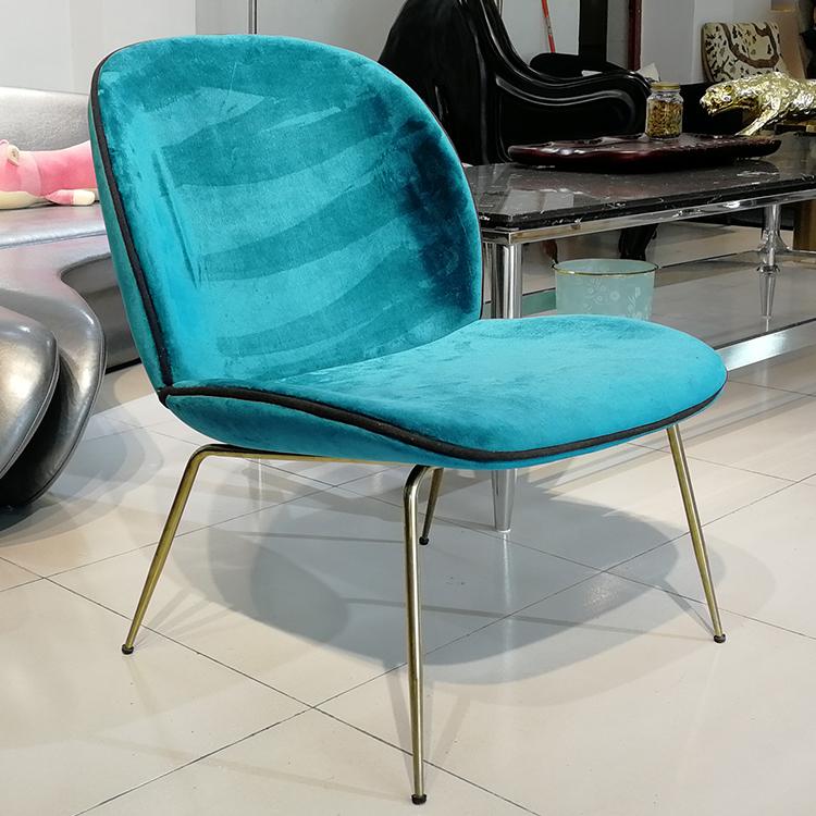 北欧甲壳虫休闲椅 奶茶咖啡酒店桌椅 现代简约餐厅靠背椅