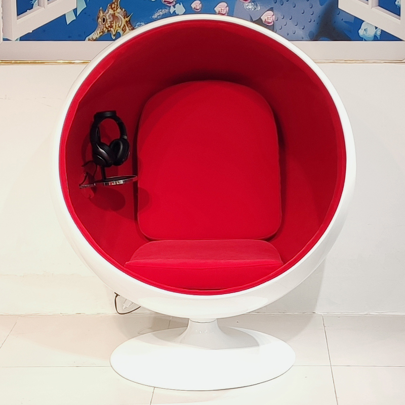 高端定制版 北欧设计师 太空椅 The space chair 现代简约 玻璃钢球椅 沙发椅 躺椅 户外 阳台大厅摆设陈设