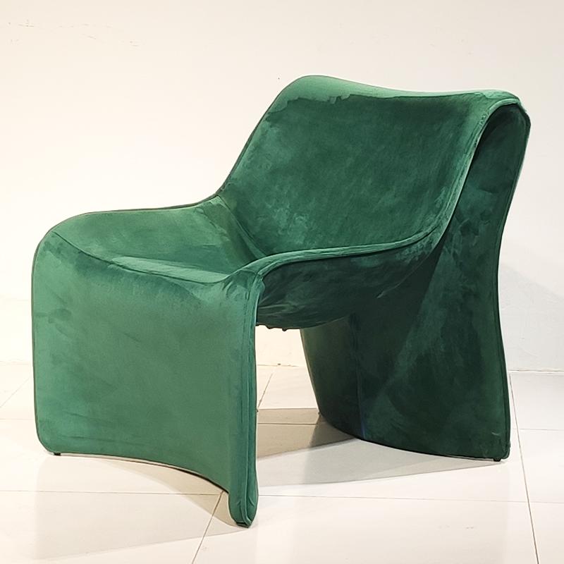 卡西纳  cassina 单人 玻璃钢 沙发椅 懒人躺椅 M字型 阳台酒店客厅样板房 休闲椅