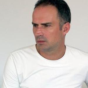 西班牙棱角沙发 冷峻优美 Ramon Esteve 跨界建筑师