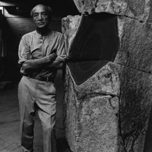 Isamu Noguchi 野口勇 日裔美国人20世纪著名雕塑家